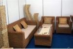 Kode produk : set 65 | bahan : rotan/eceng gondok, kerangka kayu | harga :   1 set = kursi + meja.